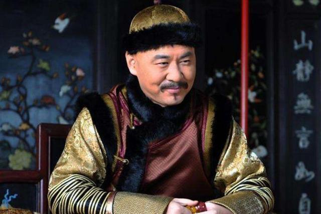 甄嬛传:皇上明知甄嬛与果郡王有私情,为何不杀她?胧月曾告诉他一个秘密插图4