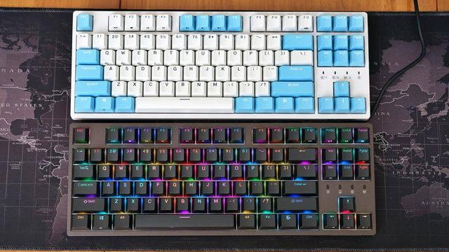 只玩灯效都可玩一天,杜伽K320 RGB NB版静音红轴机械键盘评测