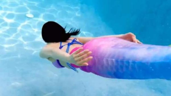 王子文的美人鱼泳装太好看,网友:被美到了,日常穿搭气质又显高