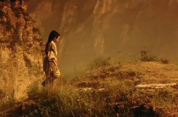 王晶不愧是鬼才导演,这次的《新倚天》真给劲,张无忌彻底黑化