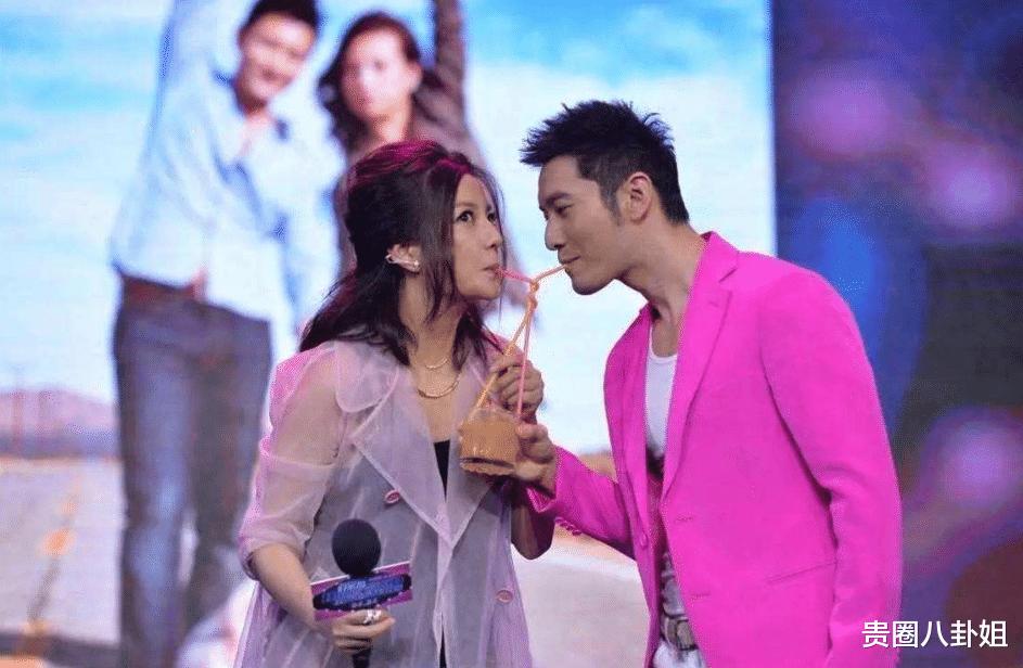 黄晓明邀请赵薇来乘风破浪,却被果断拒绝,听到回答网友差点笑喷