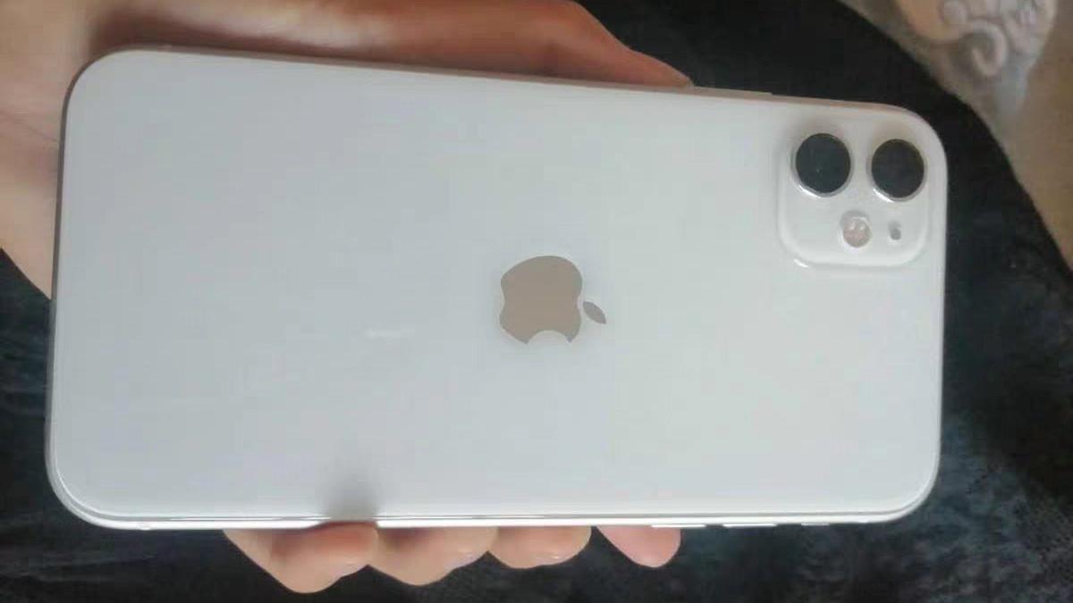 从6499降至3899元,最便宜的全面屏iPhone,大屏双卡+iOS14