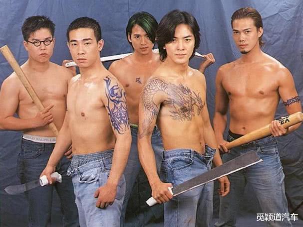 原来《古惑仔》陈浩南的第一人选是刘德华,看到海报造型,是心动啊