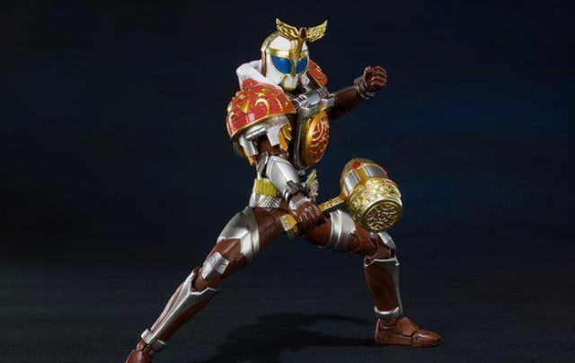 永远的飞盘_假面骑士古列顿SHF手办公开 手持真红剑酷似甲斗的荔枝形态