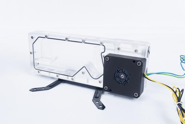低调的光污染 追风者水冷套装实测