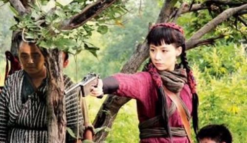 被整容毁了的女星,邓超杨幂曾为她配戏,今41岁沦落到无戏可拍!