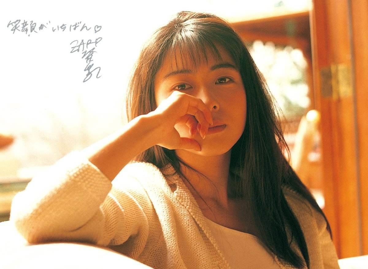 cf幸运星_她的歌治愈好多人,日本音乐才女坂井泉水,39岁患癌40岁去世