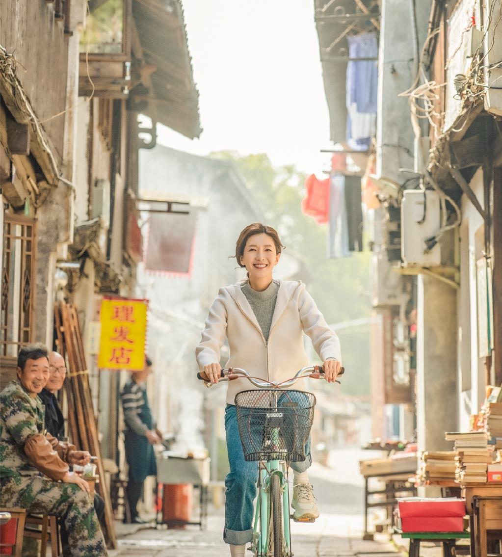 《三十而已》女主结局曝光!顾佳复婚后因病离世,王漫妮远走家乡
