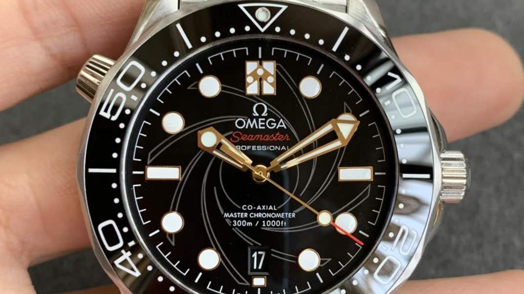 定制版欧米茄007子弹头腕表评测,超多007经典元素你知道几个