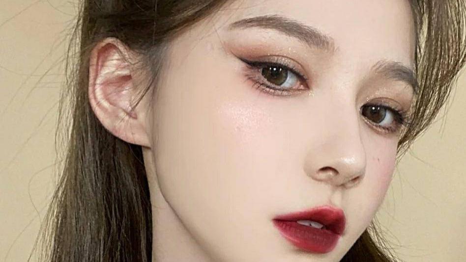 看惯了素颜,来看适合浓妆的口红,纪梵希高级炫酷,香奈儿艳丽