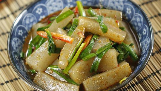 """真正""""燃脂菜""""就是它,热量比黄瓜还低,通便排毒,小肚子不鼓了"""