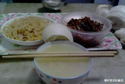 北方人酷爱吃馒头,但营养师提醒:为健康负责,3种馒头最好不吃