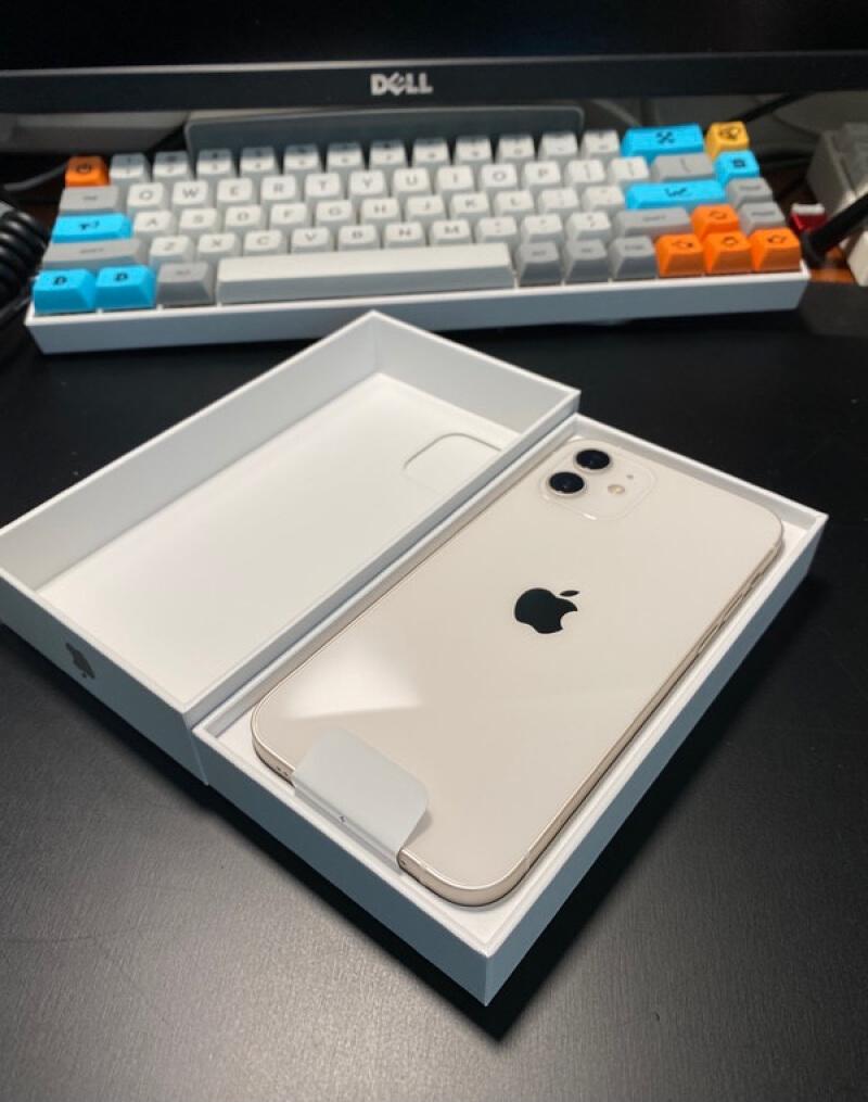 iPhone12圆润边框设计,第一眼见到确实有被惊艳到了 好物评测 第1张