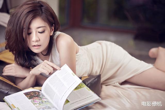 """小李飞刀剧组:""""龙小云""""成美女教师,""""龙啸云""""患癌仍二婚"""