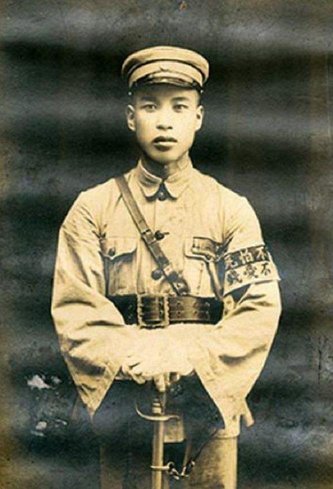 罗马2全面战争视频_刘珍年曾占据胶东13个县,手握多少兵力?为何被蒋秘密处死?