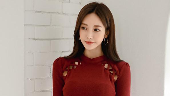 珠珠时尚穿搭美图:绯红王室火焰玫瑰复古裙