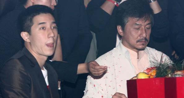 """中元节百鬼夜行_娱乐圈那些特别搞笑的""""乌龙""""事件?"""