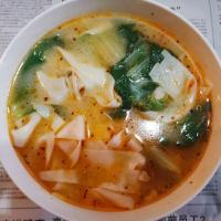 河南特产胡辣汤烩面
