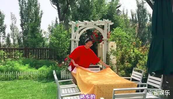 郑恺苗苗领证结婚,前女友程晓玥秒删了一段话,还是被看到了