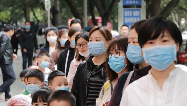 江苏省幼儿园争议中开学,孩子在园的生活是怎样的?家长:放心了