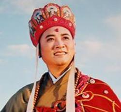 她是改革开放后的第一位女首富,她是慈禧后裔,唐僧也成了她的人