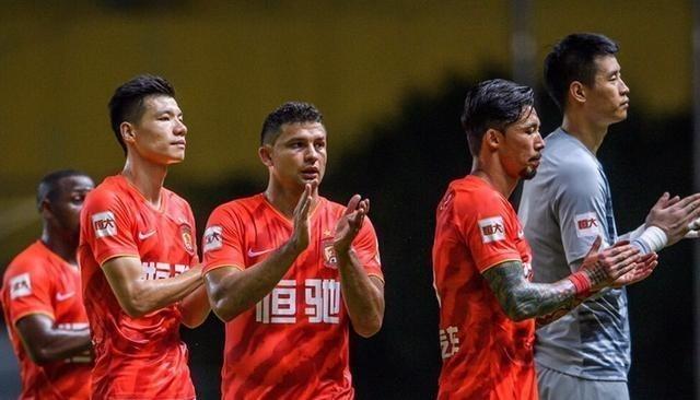 广州恒大核心频繁表态,他最迫不及待,卡帅对他定位很高! 中超 中国足球 恒大比赛 高拉特 恒大 手游热点  第2张