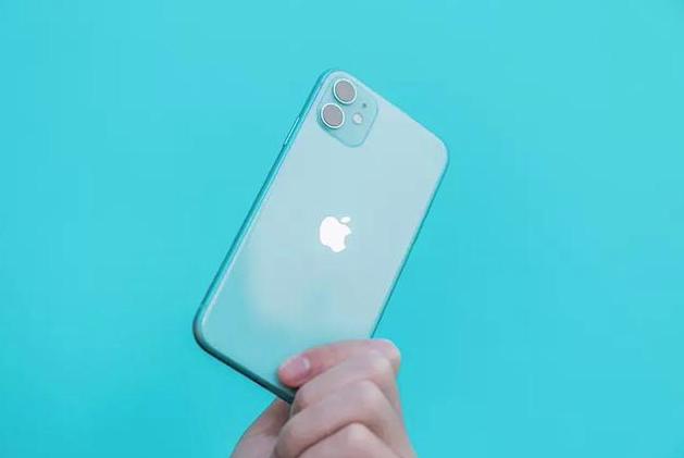 目前最值得入手的三款手机!颜值性能兼备,情人节拿出去有面子