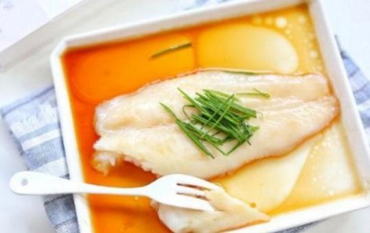 吃鱼不爱吃刺,当属沙巴鱼,清蒸巴沙鱼,香嫩又健康!