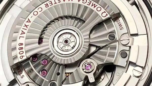 VS厂欧米茄海马300系列007版腕表对比正品
