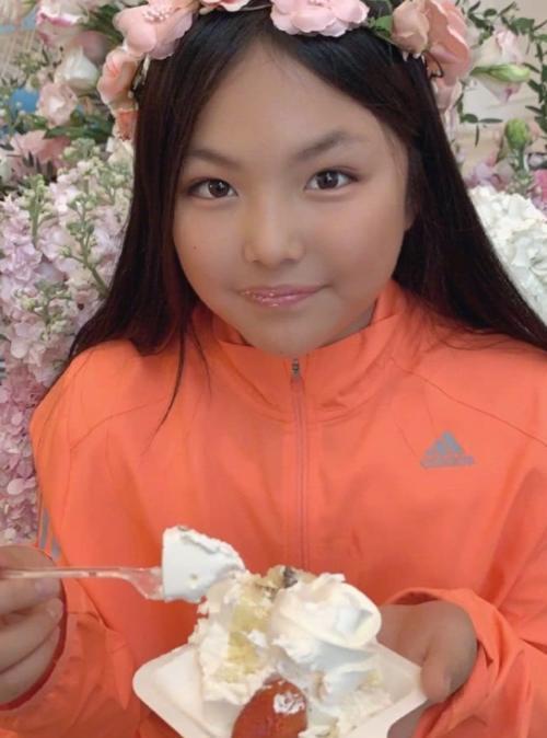 10岁王诗龄太土被吐槽!谁注意阿迪送她的礼物?不愧是李湘用钱养大的孩子
