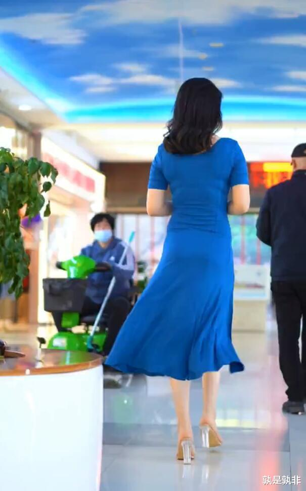 开叉裙适合微胖美女,塑造身体,诠释微胖才是最美的!插图8