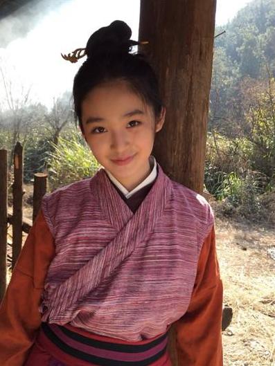 """林青霞""""女儿""""长大了?眉宇间的英气与笑容像极了年轻时的林青霞"""