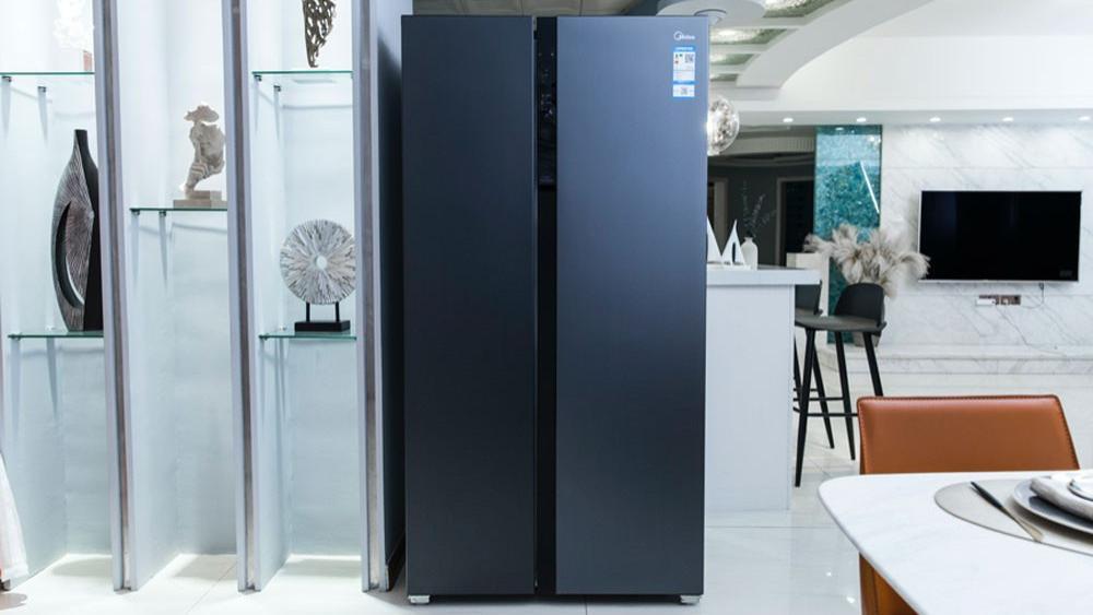 """美的630升冰箱评测:教你如何在夏天喝上一杯有""""灵魂""""的冷饮"""