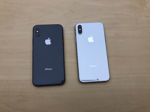 三星和苹果对高端智能手机的争夺导致价格荒谬