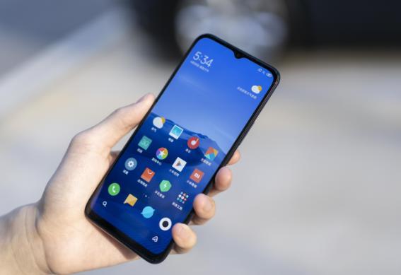 买小米手机,外行人都会选小米10,而懂行的人却选这2款!