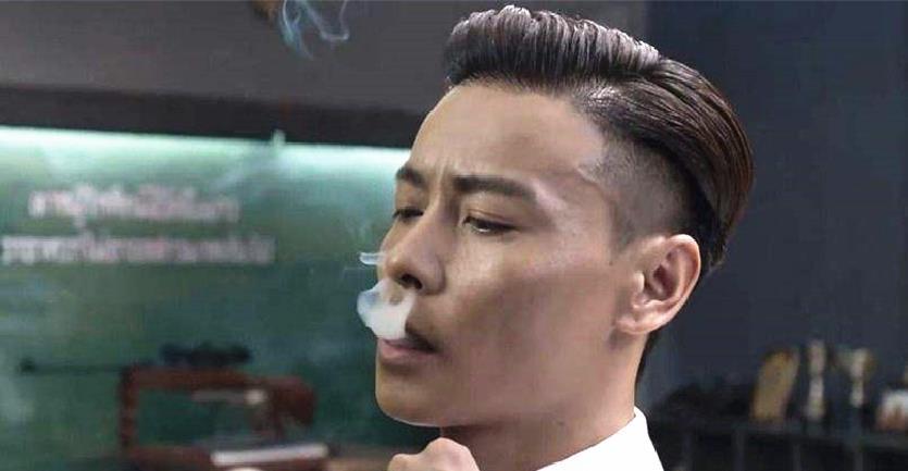 一根烟,知名主播吊打张晋,刘德华!王宝强也稍逊三分