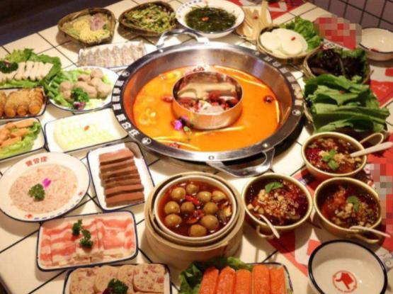 """赵小棠打卡陈赫火锅店,一共点30道""""菜品"""",结账时却成了哑巴!"""