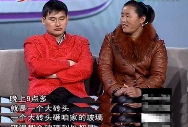 大衣哥一怒之下公布村民8年欠条,咋不看看王宝强,大衣哥心凉了