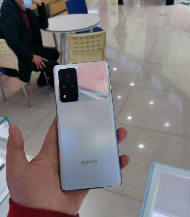 你怎么看荣耀V40这款手机,能够接受这个价格吗? 数码百科 第3张