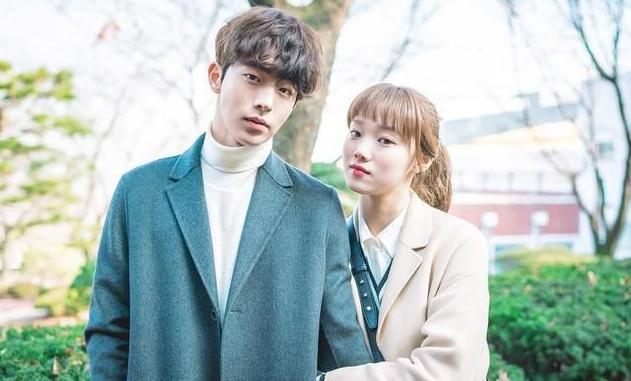 公开过关系的5对韩国情侣明星,最后全部分道扬镳!
