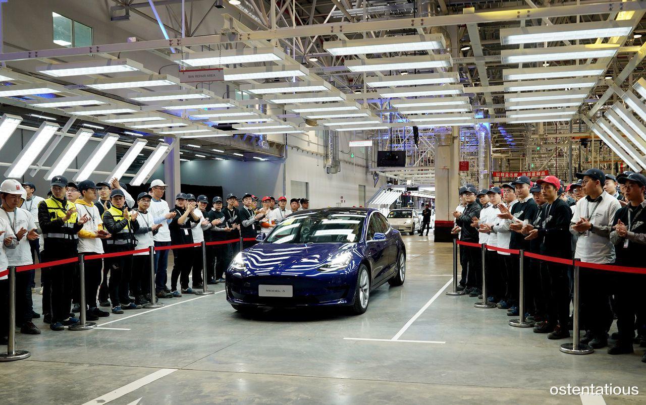 """时光之刃修改器_国产特斯拉""""出海"""" ,7000辆中国造Model 3销往欧洲"""