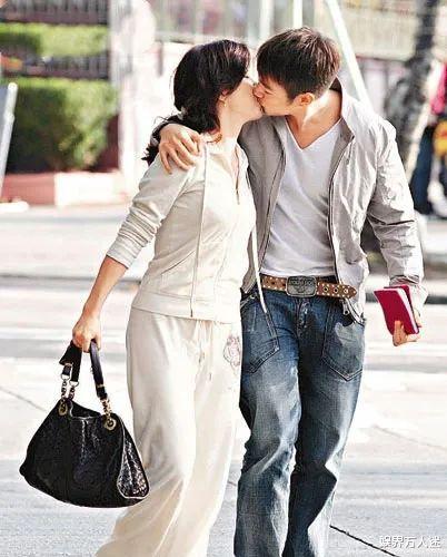 香港先生冠军大玩母子恋,恋爱半年声名狼藉,被爆如今见人就怕
