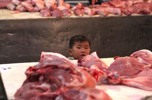 """猪肉要降价了?屠企开启""""屠牛模式"""",年前重回25有戏?答案靠谱"""