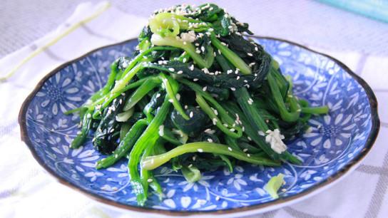 清热去火,疏通肠胃的凉拌菠菜,只需三步就可做成