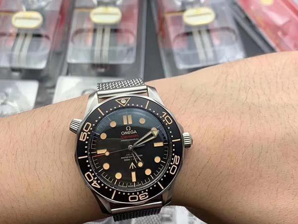 地牢猎手4要联网吗_VS厂欧米茄海马300系列007版腕表对比正品-第2张图片-游戏摸鱼怪
