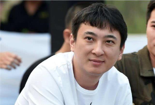 王思聪虽然破产,依然低调向武汉捐款,网友看到金额:这是真穷了
