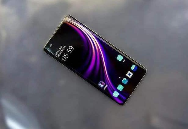 别再买iPhone了!这4款国产手机性能超强三年不卡,关键价格亲民