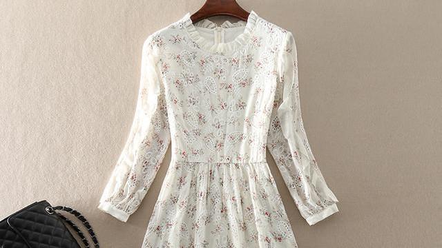 今年春季特别流行小香风,这几款中长款连衣裙,尽显高端女人范儿