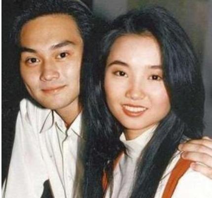 """她是张智霖初恋 遭袁咏仪插足被分手 20年后一句""""你瘦了""""冰释前嫌"""