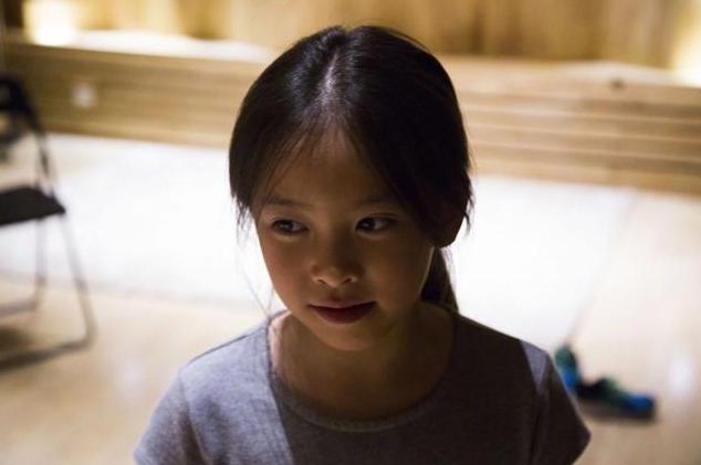 有种基因叫生了个自己,戚薇贾静雯不算啥,刘涛才是真的绝